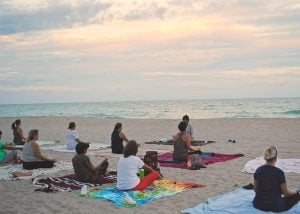Yoga in a Group on the Beach - Strawberry Holidays - Wellness Holidays